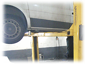 vehicle servicing for cars and vans image
